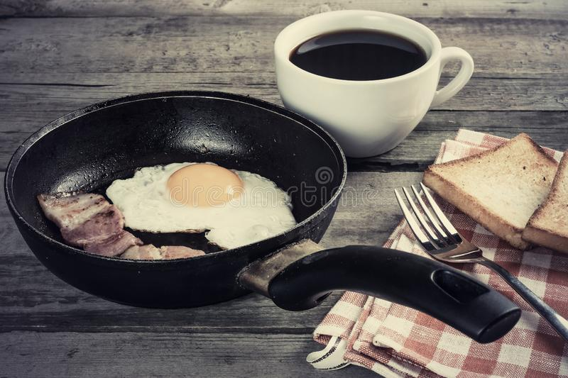 Fried Eggs And Bacon stock foto