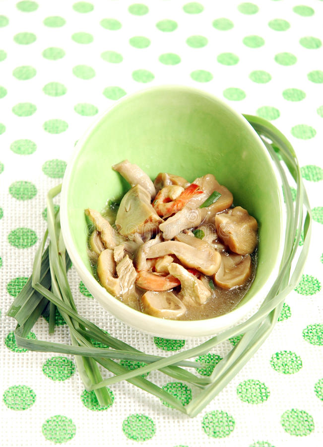 Download Fried  Mushroow With Oyster Sauce Stock Image - Image: 16983497