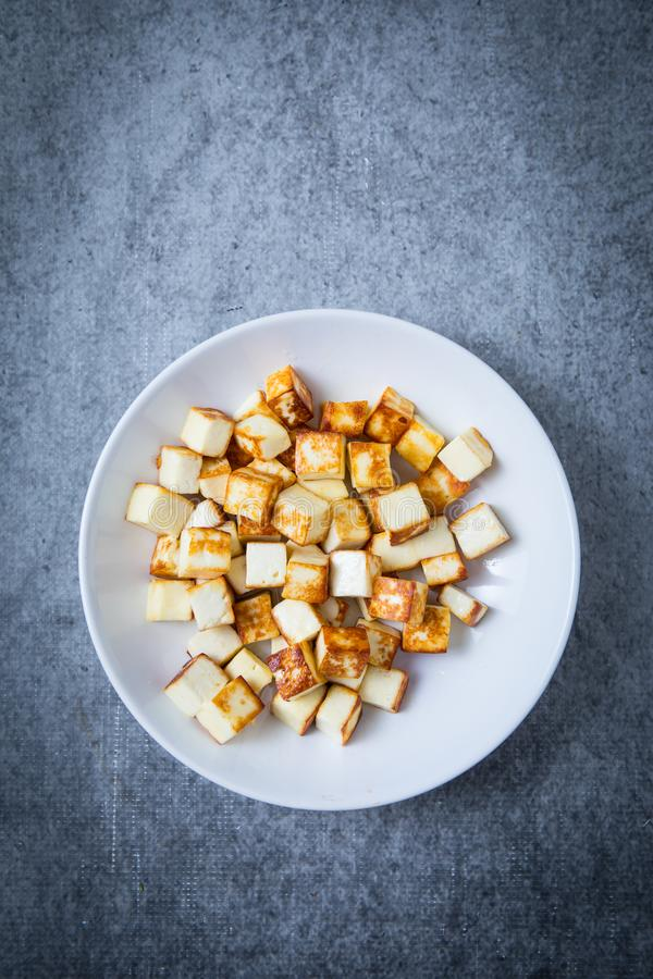 Fried Paneer Cubes images libres de droits
