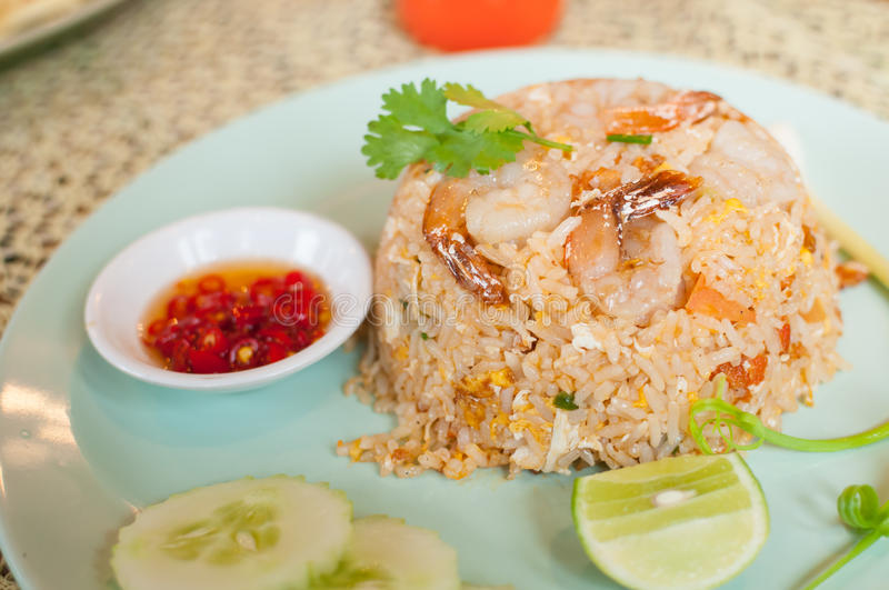 Download Fried Rice With Shrimp Stock Image - Image: 32999101