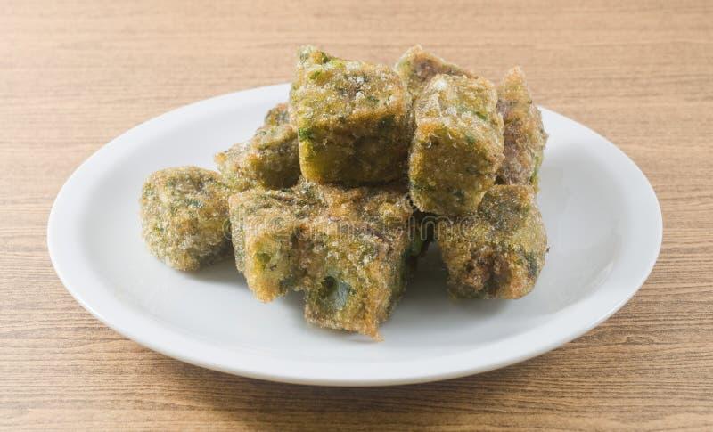 Fried Steamed Dumpling Made von Knoblauch-Schnittlauchen lizenzfreie stockbilder