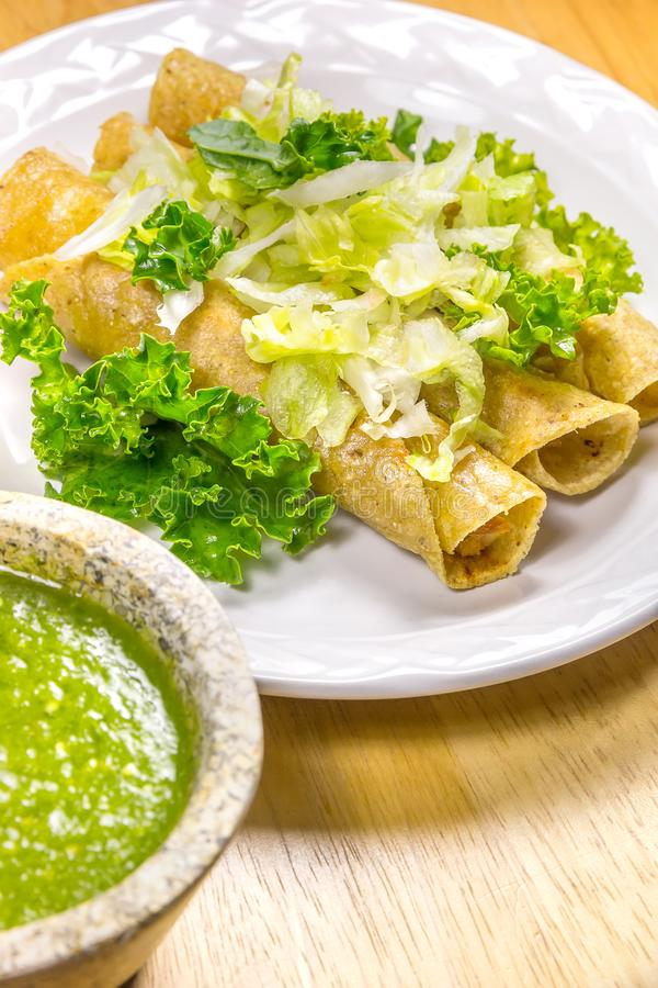 Fried Tacos croustillant photos stock