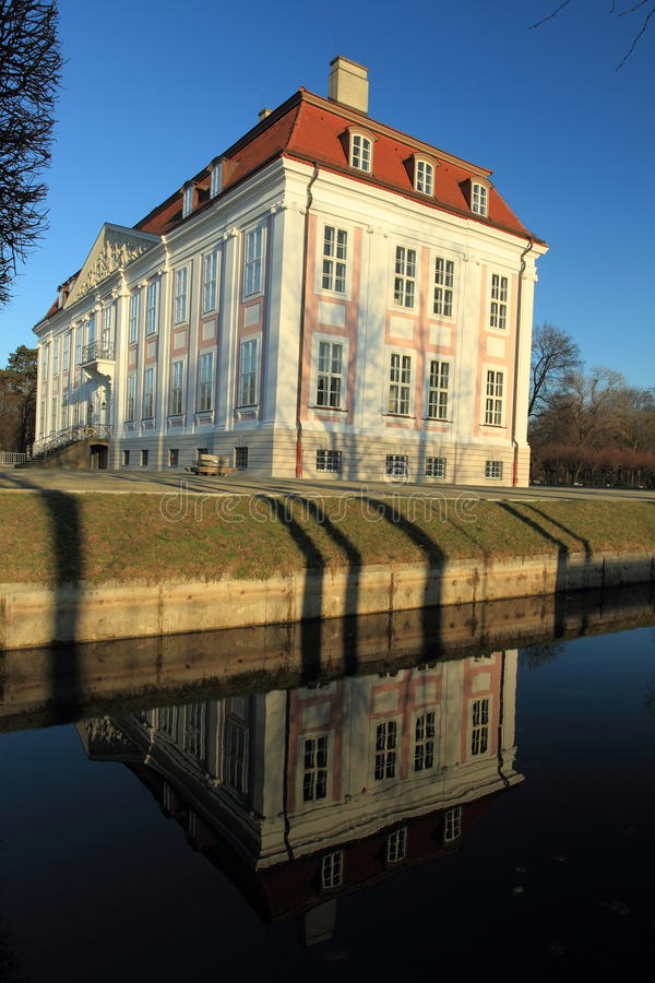 Download Friedrichsfelde chateau stock image. Image of water, building - 24093355