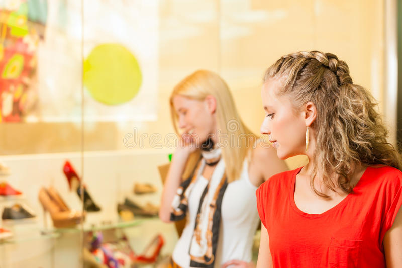 Download Friends Shoe Shopping In A Mall Stock Image - Image: 29150813