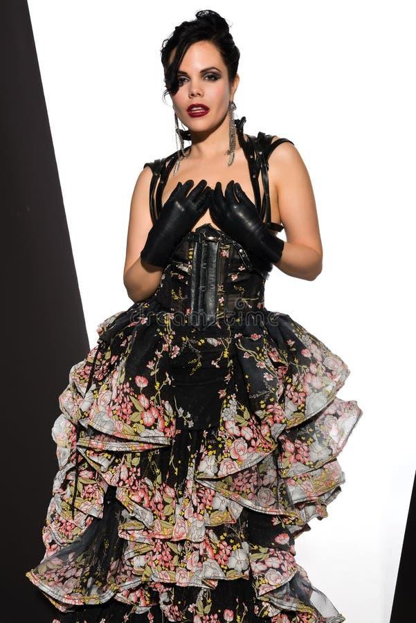 Download Frilly suknia zdjęcie stock. Obraz złożonej z rękawiczki - 28965896