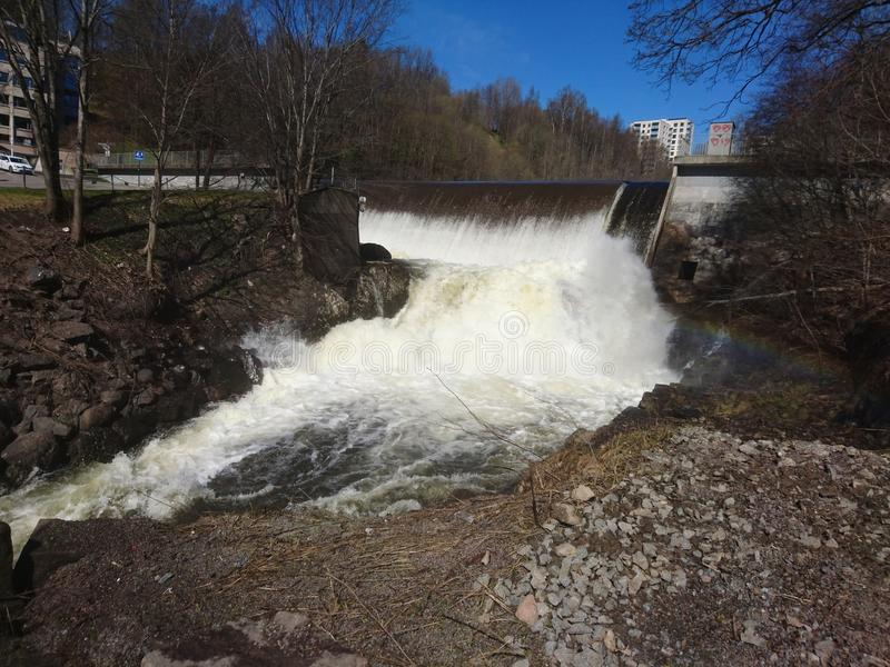 Frio da água do rio do centro de Oslo imagens de stock royalty free