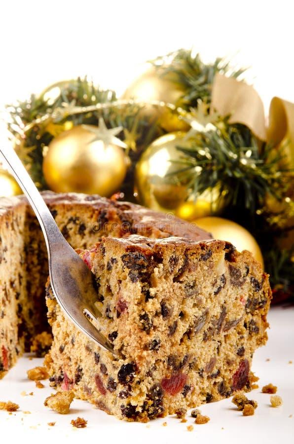 Frisch gebackener Weihnachtsfruchtkuchen lizenzfreies stockbild