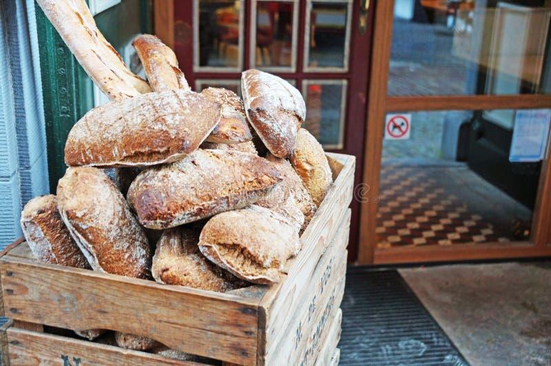 Frisch gebackenes, wohlriechendes, weiches und stacheliges Brot lizenzfreie stockbilder