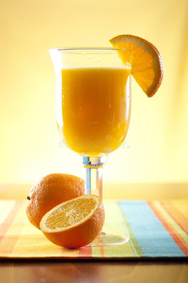 Frisch zusammengedrückter Orangensaft lizenzfreie stockfotos