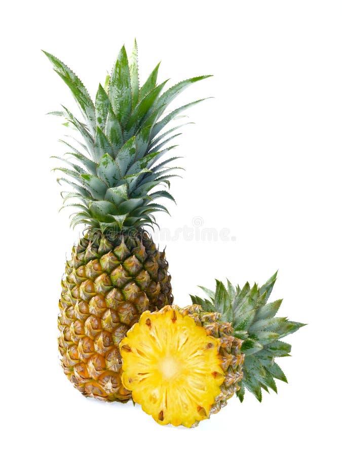 Frische Ananas getrennt auf weißem Hintergrund stockfotos