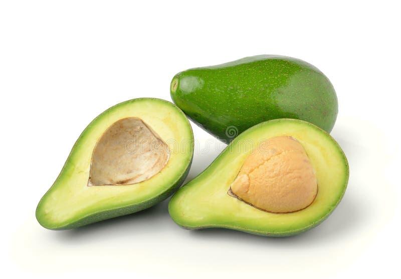 Frische Avocado auf weißem Hintergrund stockbild