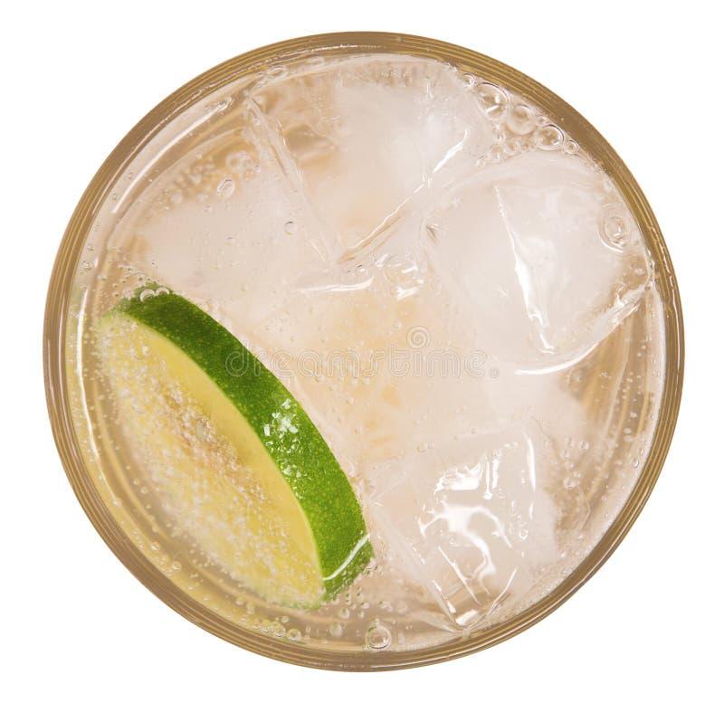 Frische Cocktaillimonade, Honigzitronensoda mit Kalkscheibe und MI stockfotos