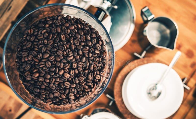 Frische Espresso-Kaffeebohnen lizenzfreie stockfotografie
