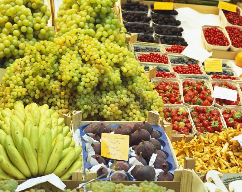 Frische Frucht lizenzfreies stockbild