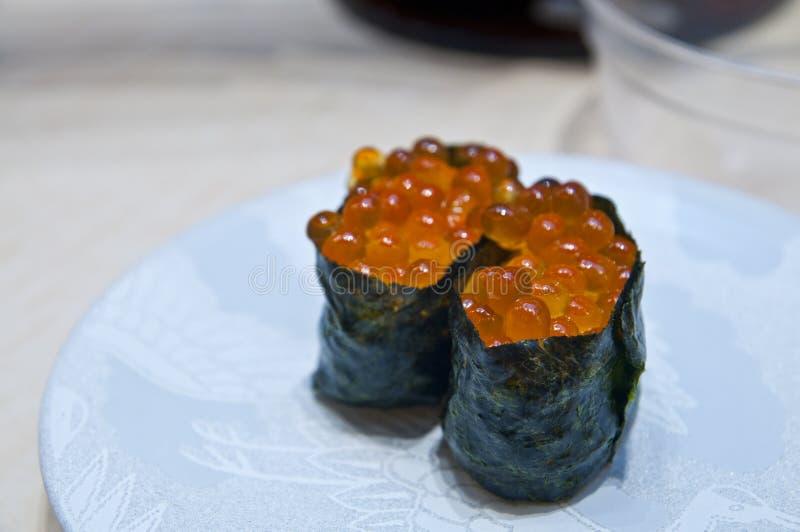 Frische gunkan maki Sushi lizenzfreies stockfoto