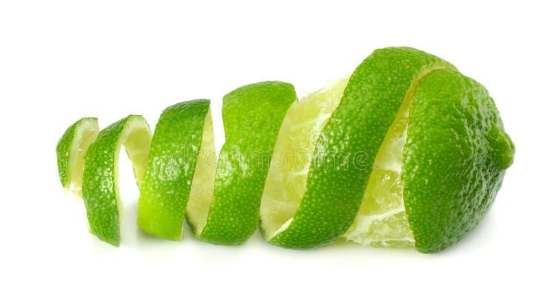 frische Kalkschale auf weißem Hintergrund Gesunde Nahrung lizenzfreie stockfotos