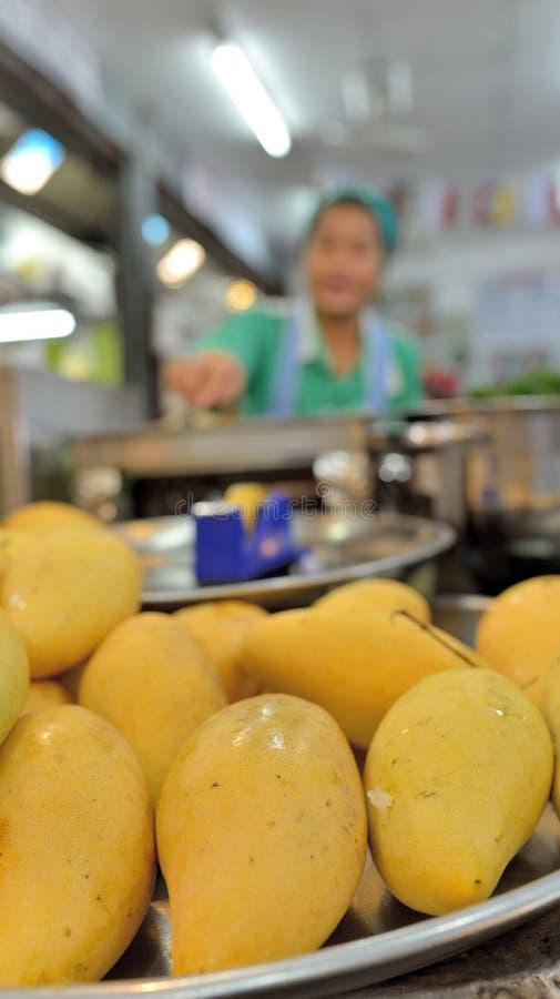 Frische Mangos lizenzfreie stockfotografie