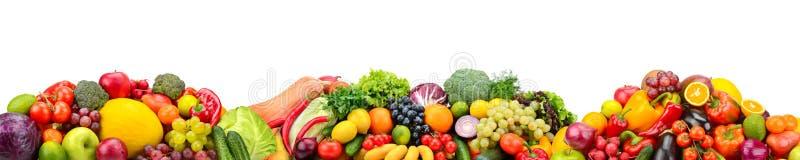 Frische Obst und Gemüse des Panoramas lokalisiert auf weißem Hintergrund stockfoto