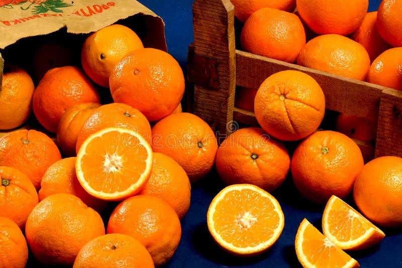 Frische Orangen stockfotografie
