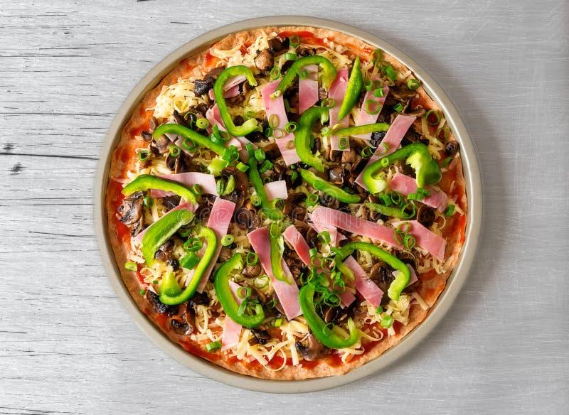 Frische Pizza stockfoto