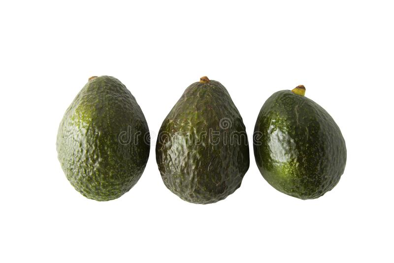 Frische reife Avocados auf weißem Hintergrund Gesunder Lebensmittelinhaltsstoff stockfoto