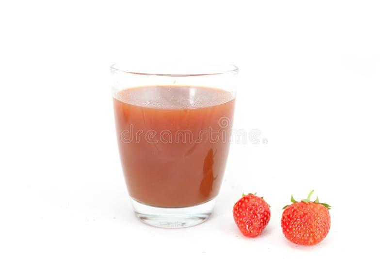 Frische reife rote Erdbeeren des vollen Safts lokalisiert auf Weiß lizenzfreies stockfoto