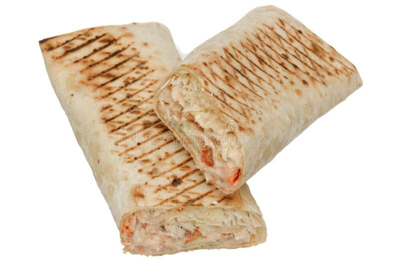 Frische shawarma oder Tortillaverpackungen mit Huhn lizenzfreie stockfotos