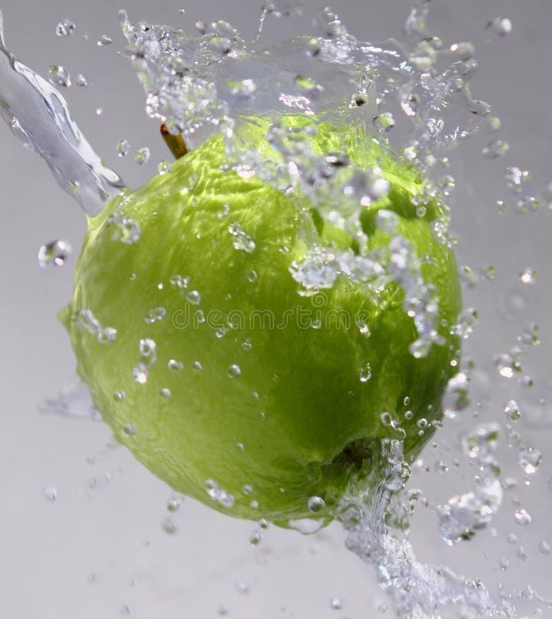Frischer grüner Apfel lizenzfreies stockbild