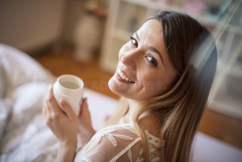 Frischer Kaffee für guten Morgen stockfoto