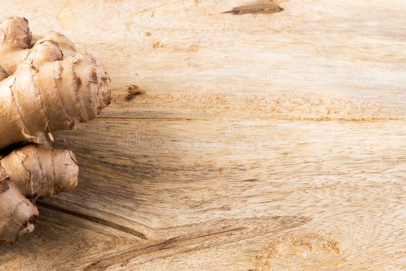 Frischer organischer Ingwer lizenzfreies stockbild