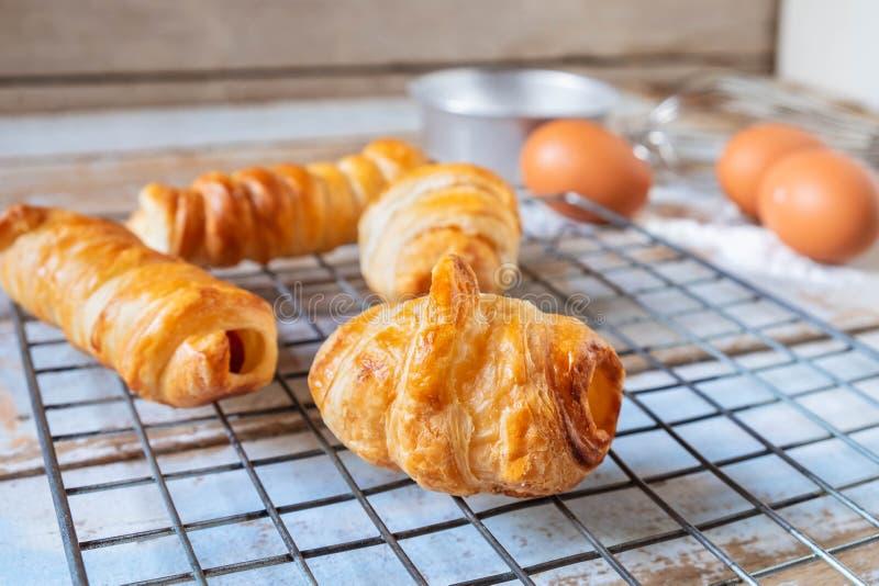 Frisches Brot vom Ofen stockfoto
