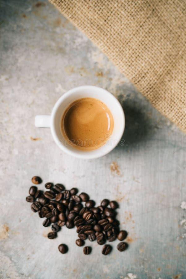 Download Frisches Espresso stockbild. Bild von frech, kaffee - 106815449