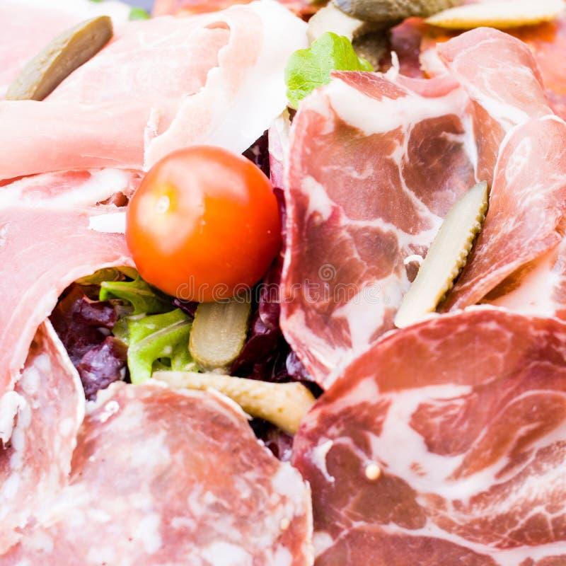 Frisches geschnittenes rohes Rindfleischfleisch stockfotos