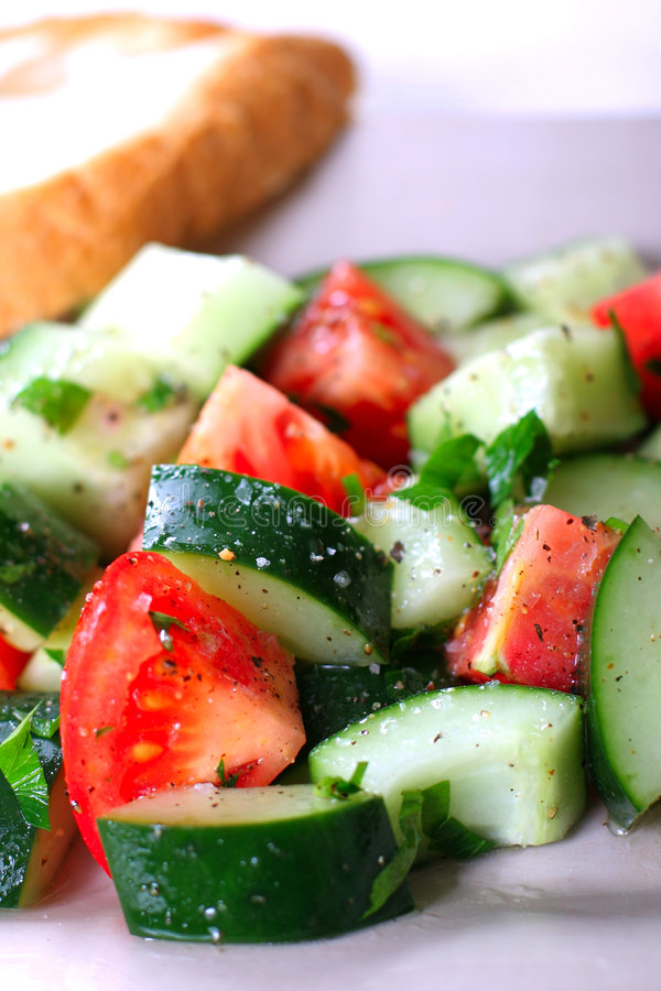 Frischgemüse-Salat stockfotos