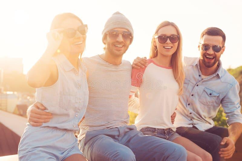Frischluft und gute Freunde lizenzfreie stockbilder