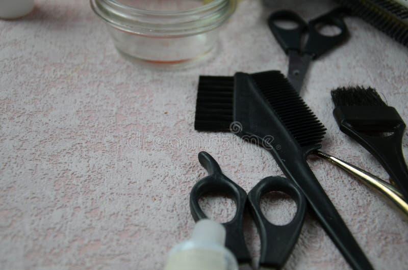 Friseurzubehör für Färbungshaar lizenzfreie stockfotografie