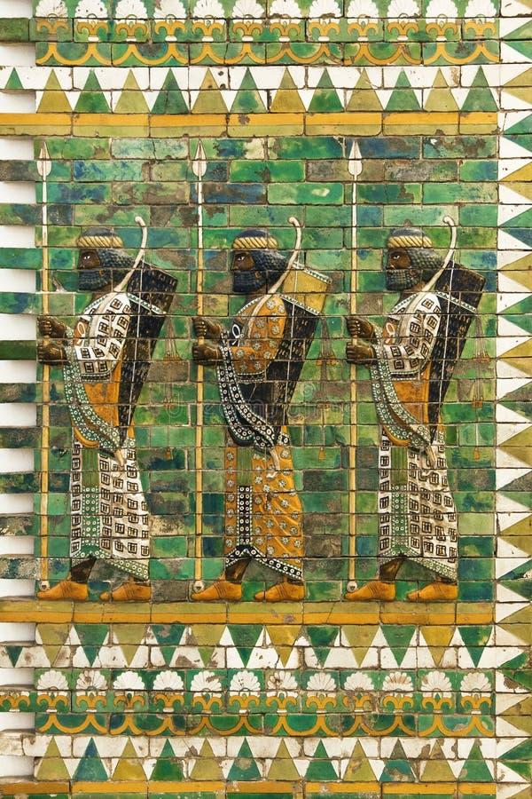 Friso de arqueros persas fotos de archivo