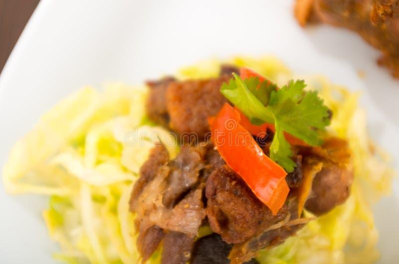 Fritada a fait frire la nourriture traditionnelle d'ecuadorian de porc photographie stock libre de droits