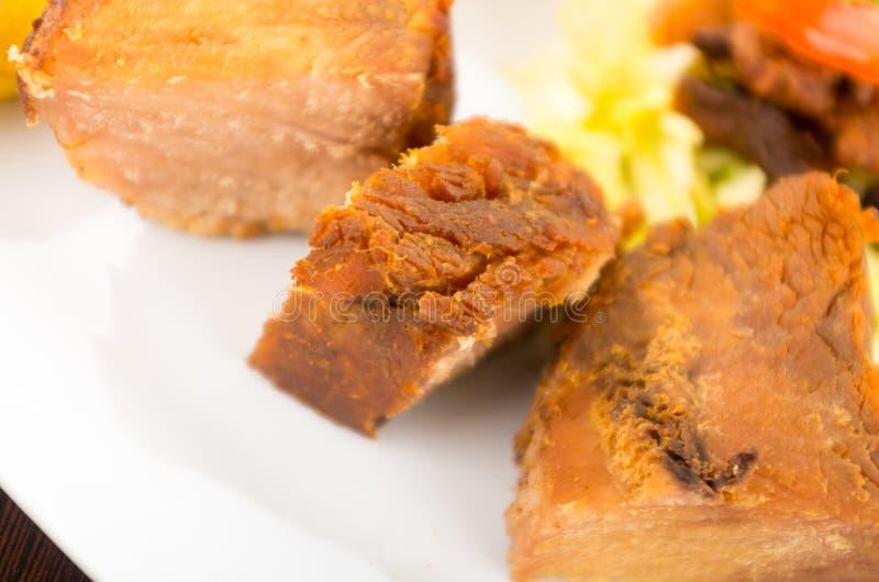 Fritada frió la comida tradicional del ecuadorian del cerdo fotos de archivo