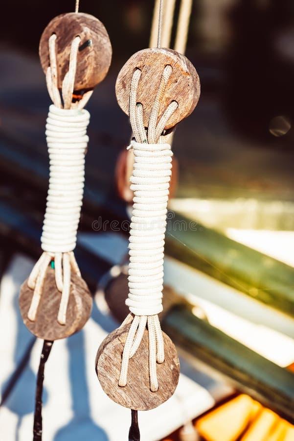 Fritids- yachtdetalj arkivfoto