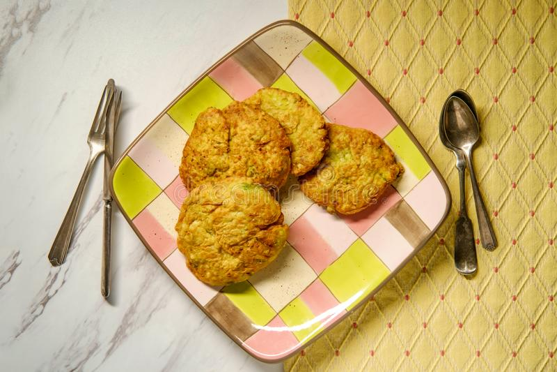 Fritos indianos da couve-flor fotos de stock