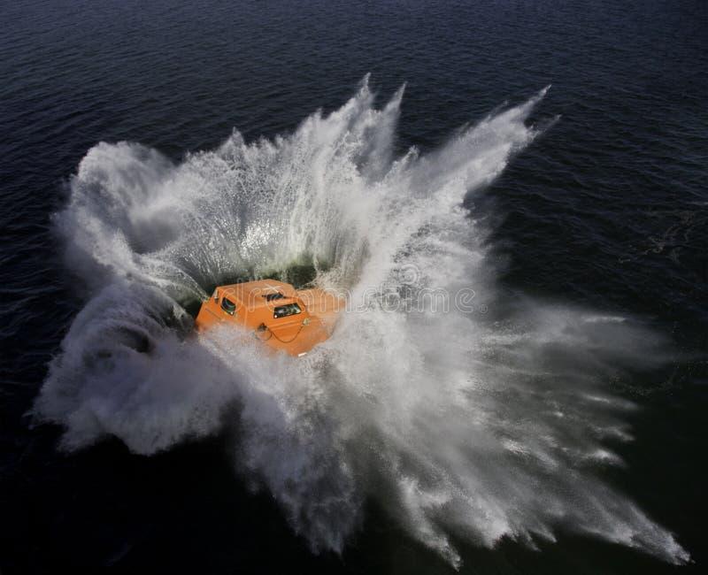Fritt falllivstidsfartyg royaltyfri foto