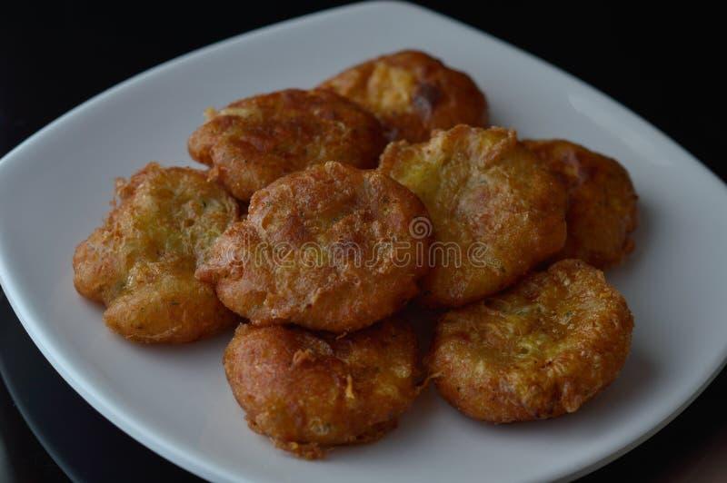Frittelle o perkedel indonesiane della patata fotografia stock libera da diritti