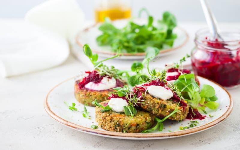 Fritters με quinoa στοκ εικόνα