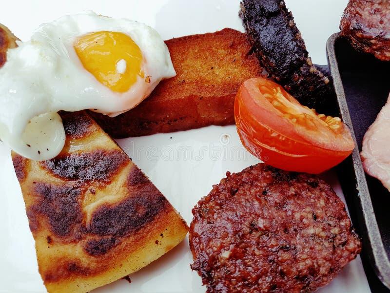 Frittura della prima colazione su fotografia stock