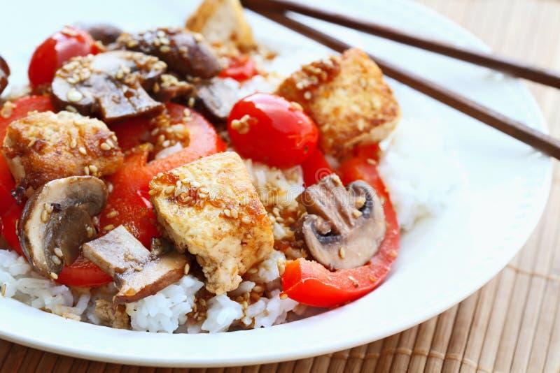 Frittura di Stir del tofu fotografie stock libere da diritti