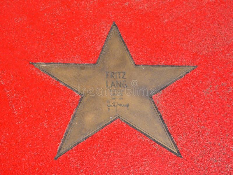 Fritz Lang-de ster op de Boulevard der speelt binnen mee (de Gang van Bekendheid) royalty-vrije stock foto's