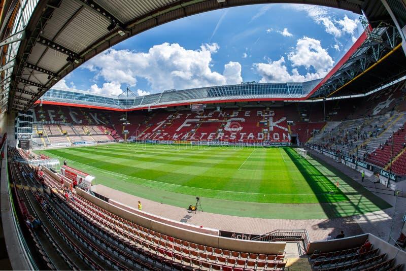 Fritz-Walter-Stadion huis aan 2 Bundesligaclub 1 FC Kaiserslautern wordt en gevestigd in de stad van Kaiserslautern, Rijn royalty-vrije stock foto's