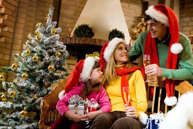 Frohe Familie lizenzfreies stockfoto