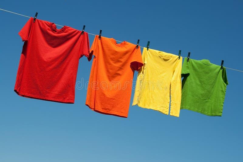Frohe Sommerwäscherei Stockbilder